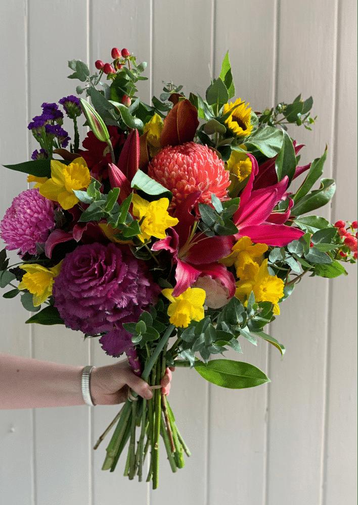 Flower arrangement delivery Melbourne